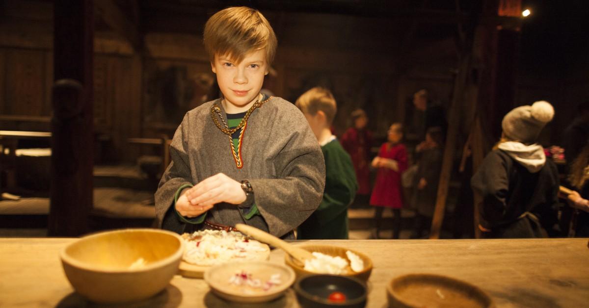 Lofotr-Vikingmuseum-Foto-Kjell-Ove-Storvik-4055-1200x628