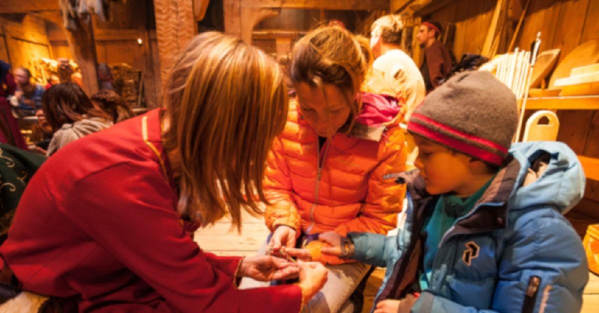 Vinterferie for barn og vikinger i Lofoten foto Kjell Ove Storvik/Lofotr Vikingmuseum